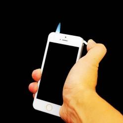 Зажигалка и фонарь в виде телефона оптом