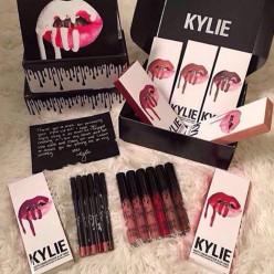 Набор Kylie помада и карандаш оптом