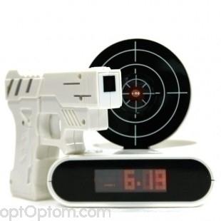 Будильник с мишенью и лазерным пистолетом - Меткий стрелок оптом