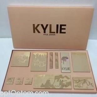 Большой набор для макияжа Kylie Jenner Full Collection Vacation Big Box Set оптом