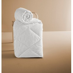 Одеяло PERA (195x215) см