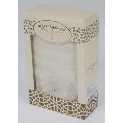 """Полотенце махровое в коробке """"IRYA"""" c вышивкой DELICIA (85x150) см 1/1"""