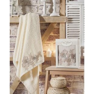 """Полотенце махровое в коробке """"IRYA"""" c вышивкой PEARLY (85x150) см 1/1"""